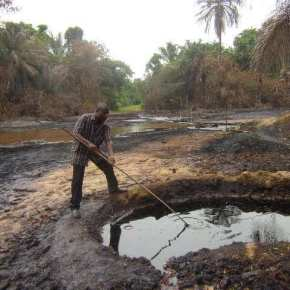 Shell to pay $25m to Nigerian communities over oil spill