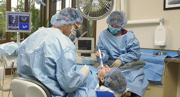 dental-implant-surgery
