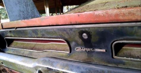 Rare-69-Dodge-Charger-Daytona-found-in-barn-expected-to-fetch-150K-at-auction