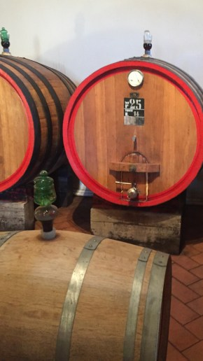 Neutral barrels in the heart of Tuscany
