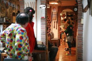 Fugirelli Teatre amb GAGS, als Establiments Planes
