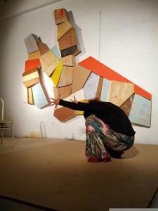 Carmen Fernandez, Dualitat