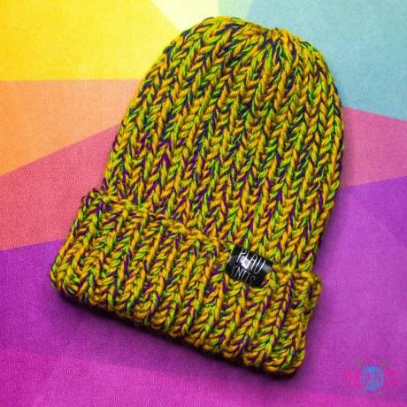 Охристо-фиолетовая вязаная шапка с подворотом Симпл
