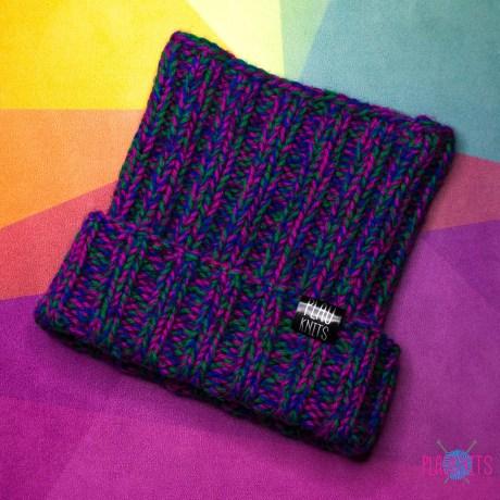 Дредошапка 31 см / Фиолетово-зелёно-малиновая вязаная шапка для дред