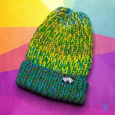 Зелёно-жёлтая вязаная шапка с подворотом Симпл