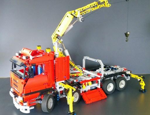 Lego® [Technic] 8258 Truck mit Power-Schwenkkran Crane Truck (Get it @ PLAY-BAY.de)