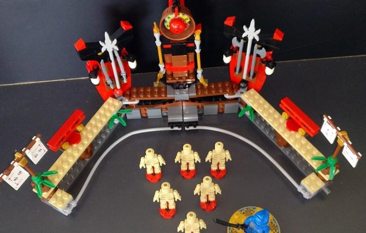 Lego® [Ninjago] 2519 Skelett Bowling / Skeleton Bowling (Get it @ PLAY-BAY.de)