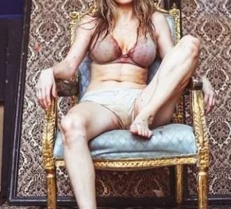 Lucy McCormick: Post Popular #DramatherapistAtEdFringe