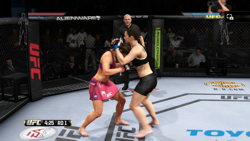 EA SPORTS™ UFC®_20140618133033