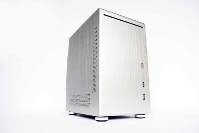 Lian Li PC-Q21A Case Review 18