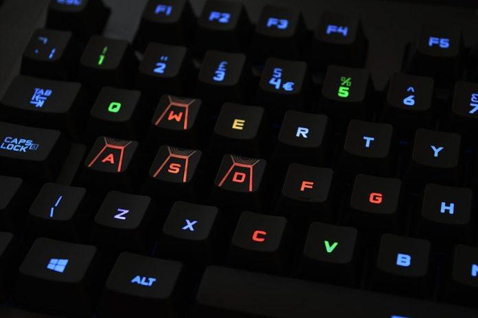 Logitech G410 Atlas Spectrum RGB Mechanical Keyboard Review 11