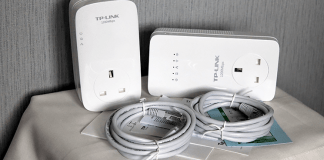 TP-LINK AV1200 Gigabit Passthrough Powerline (3 - Port) Review 16
