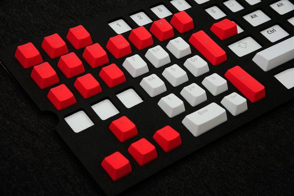 Tai-Ho Present Doubleshot PBT Two-tone Backlit Keycap Sets | Play3r