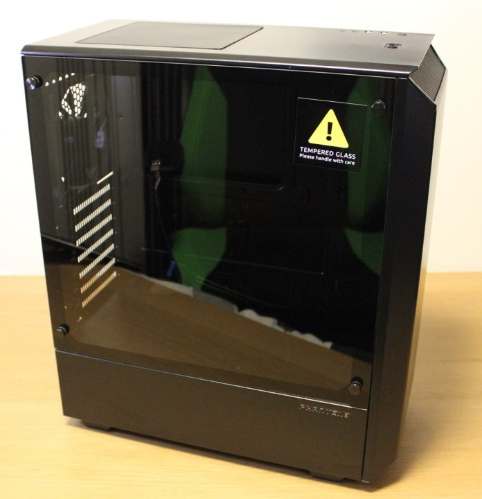 Phanteks P300 Case glass side