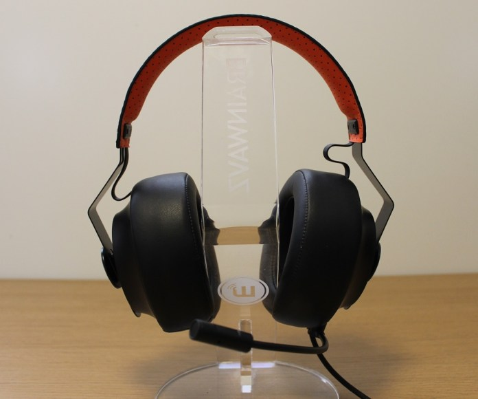 Cougar Phontum headset front