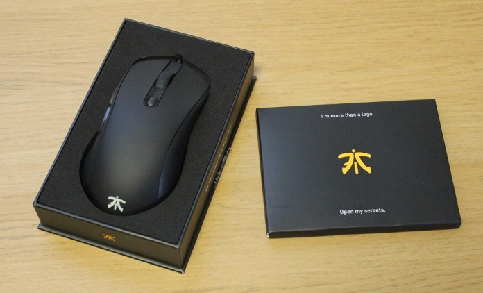 Fnatic Flick 2 Mouse unboxed