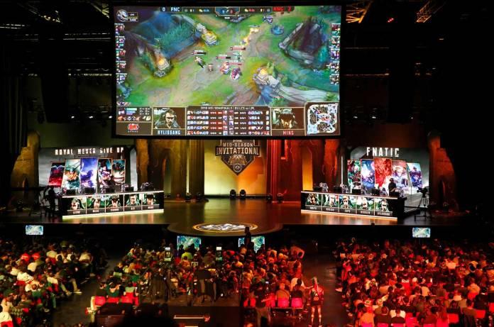 Legalized esports gambling