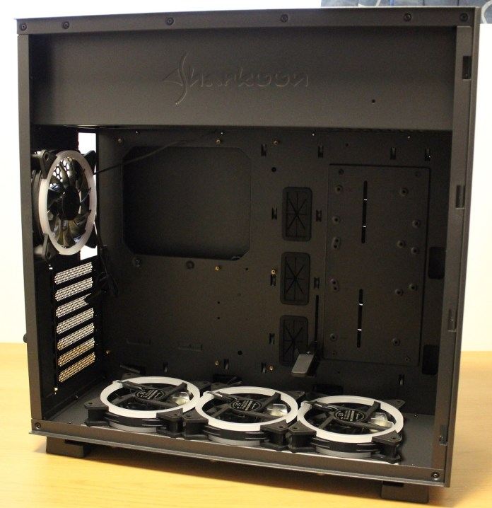 Sharkoon Pure Steel Case component bay