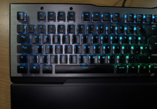 Roccat Vulcan Easy-Shift Key