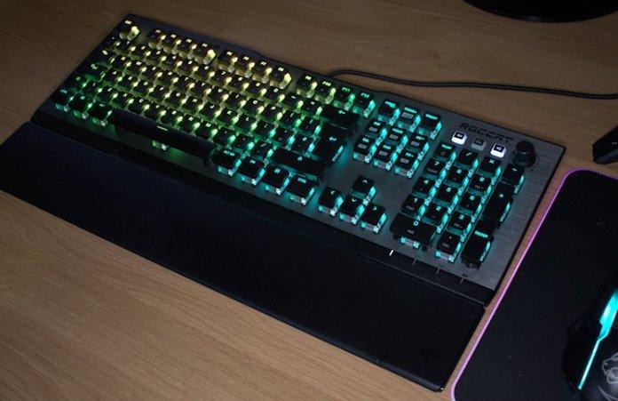 ROCCAT Vulcan 120 AIMO RGB Mechanical Keyboard Review