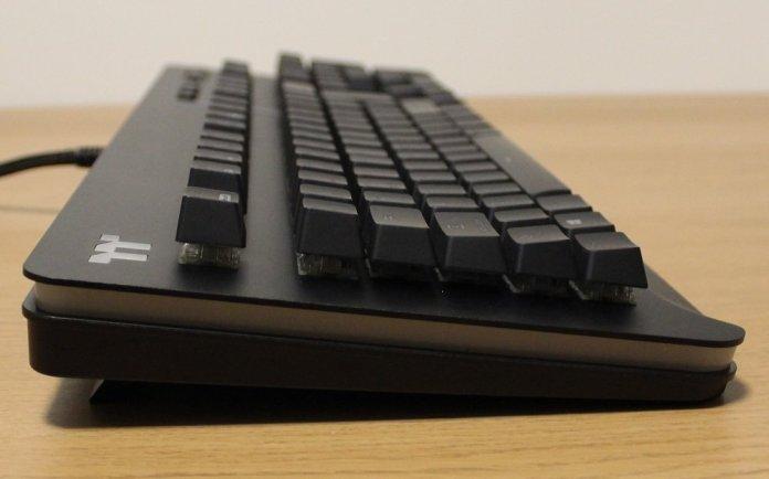 TT Level 20 Mechanical Keyboard left profile