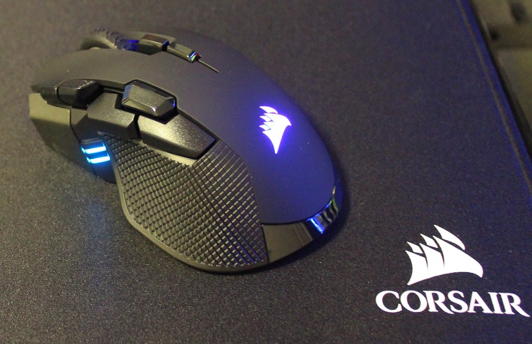 Corsair Ironclaw RGB Wireless Mouse Review | Play3r