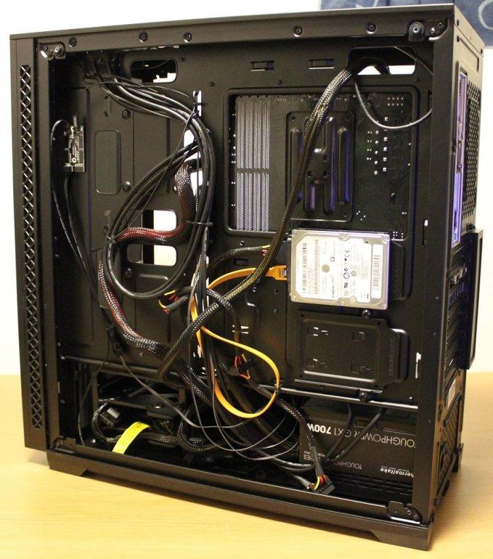 Deepcool Matrexx 70 cable management