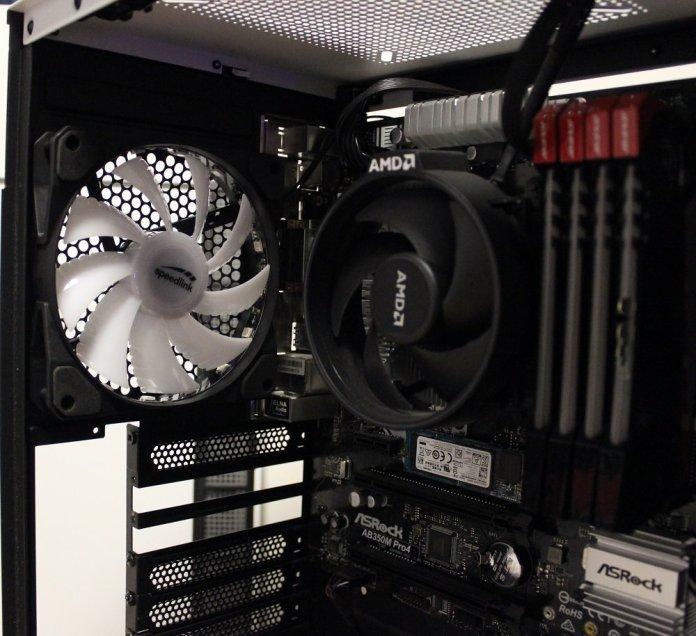 Speedlink MYX LED rear fan installed