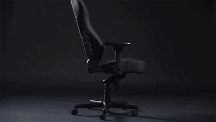 noblechairs Black Edition Side View