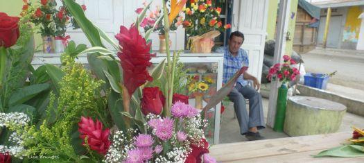 P1590403 day of the dead jama cevallos corner store