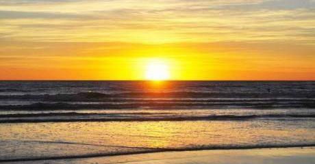 Amanecer en Playas Doradas