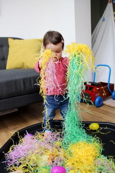 Easter-Egg-Hunt-Sensory-Basket-5