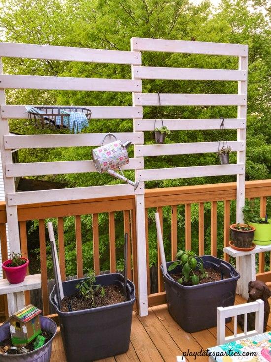 DIY Deck Privacy Fence