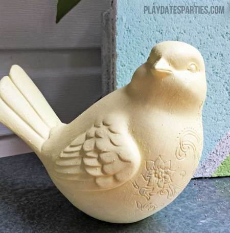 Make your ceramic figurines pop with a couple coats of homemade chalk paint!