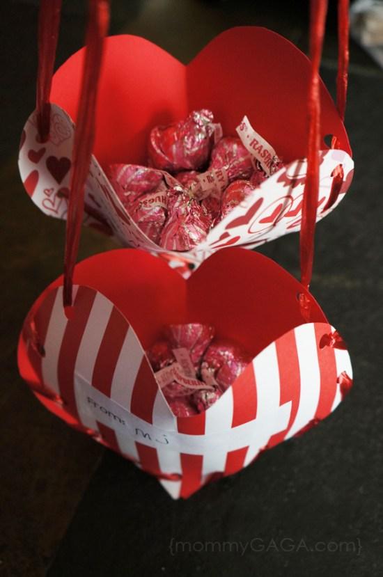 honey-and-lime-diy-valentine-treat-pockets-heart-craft