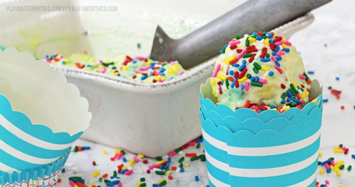 Celebrate anytime with birthday cake ice cream! It all starts with ice cream that tastes just like your favorite butter cake. Then bits of real yellow cake and plenty of rainbow sprinkles are added in before folding in a blue frosting ribbon.