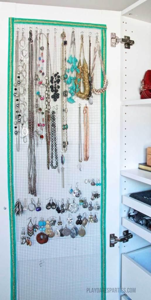 DIY-Jewelry-Organizer-After
