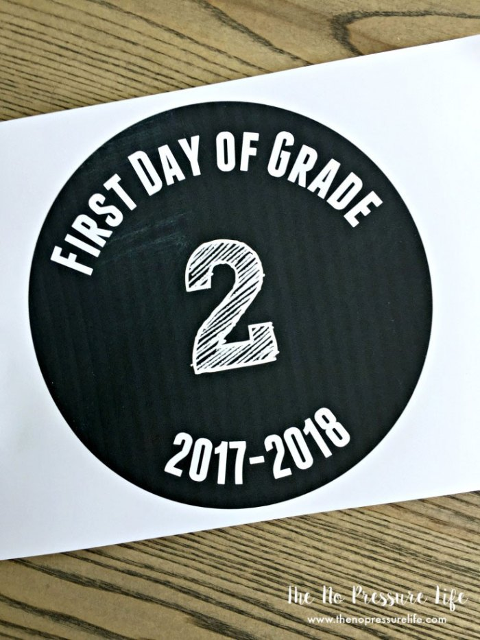 This easy printable back-to-school sign is an adorable prop for your kids first day of school. Just print, cut, and you're ready to go! And if you have an extra 10 minutes, why not make the cute photo prop that goes with it?
