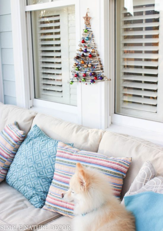 Christmas Tree DIY That's Perfect For Small Spaces From Simple Nature Decor.