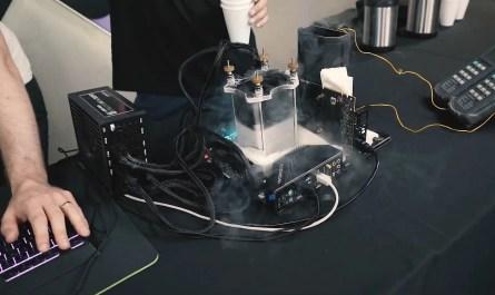Aquí está Doom Eternal funcionando a 1,000 fps en una PC enfriada con nitrógeno líquido