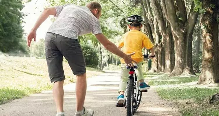 6 Tips for Toddler Safety Accessories For Cycling