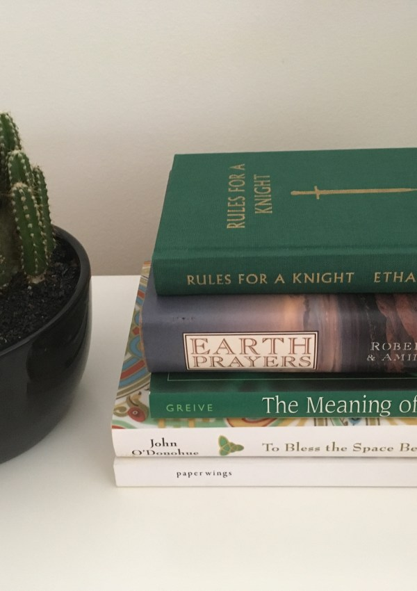 5 books to keep on your bedside table
