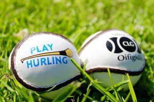 Championship Sliotars Size 5   Play Hurling Logo