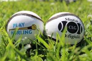 Play Hurling sliotars