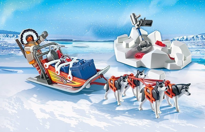Playmobil dog sled