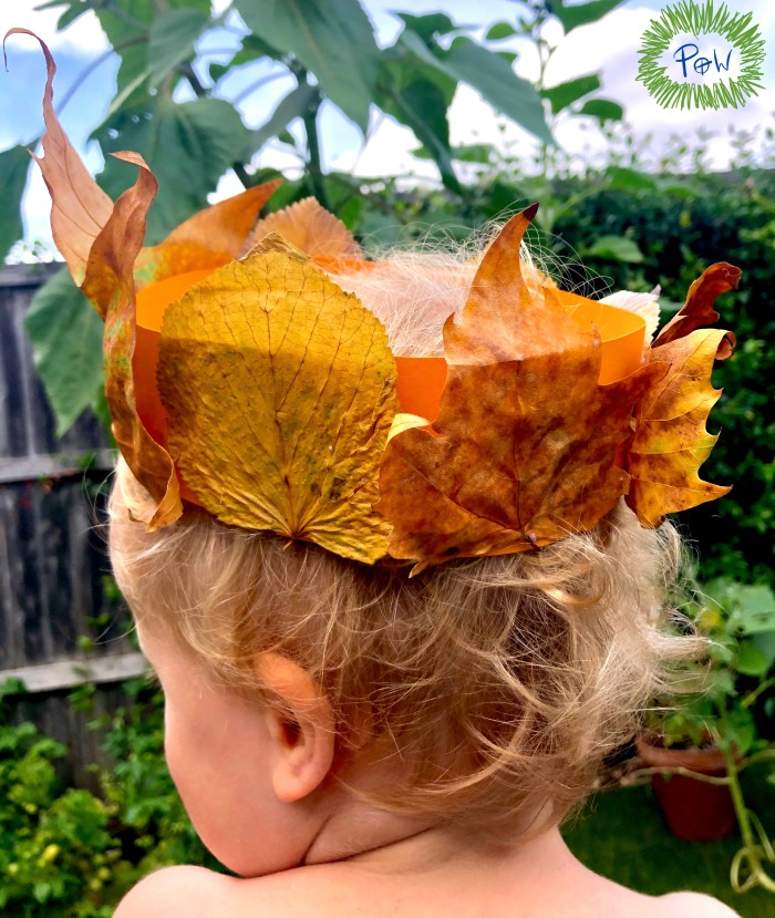 Autumn leaf activity for preschoolers. Leaf crown. Art activity with leaves.