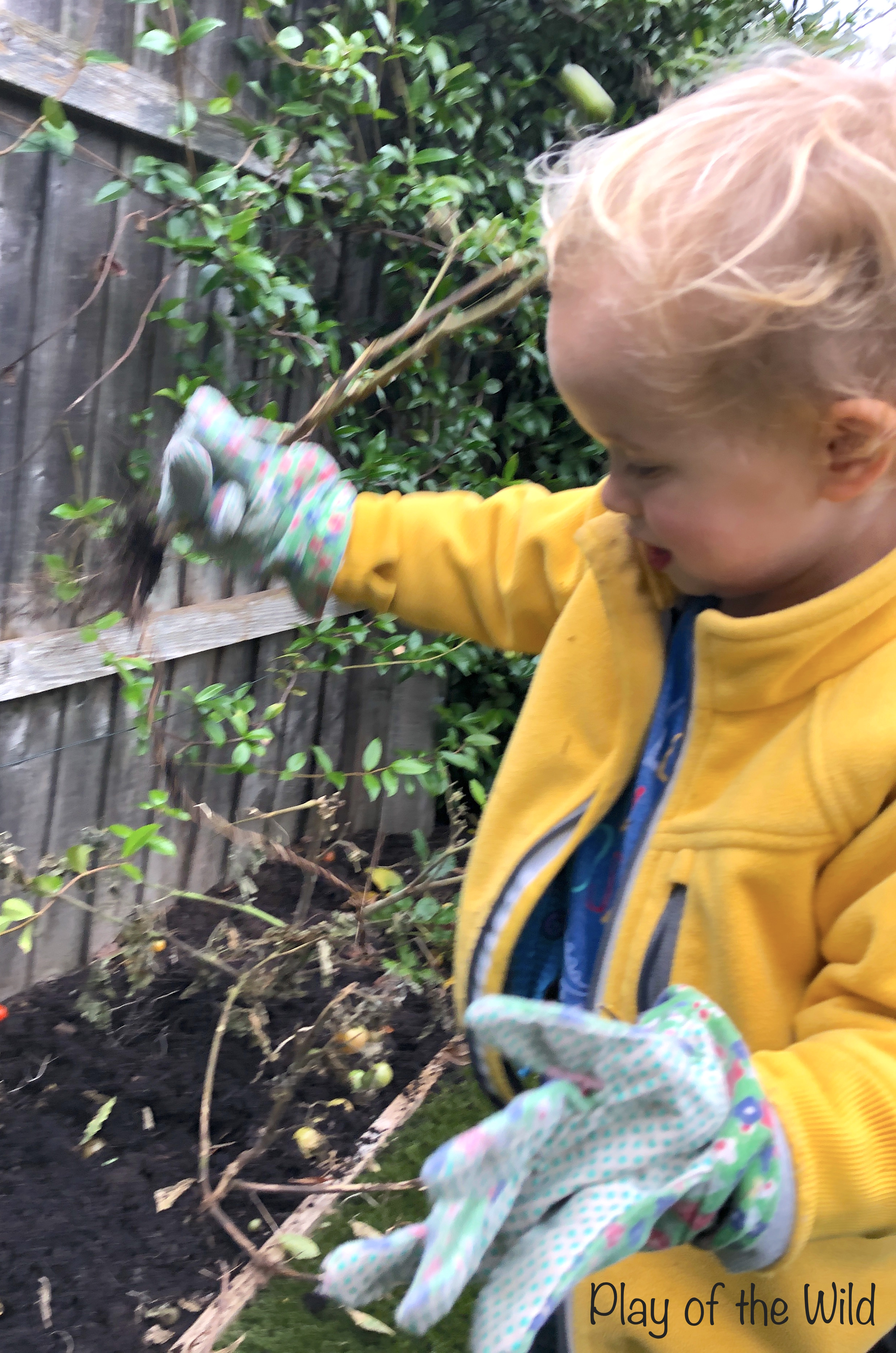 Outdoor Autumn & Winter Garden Activities for Children