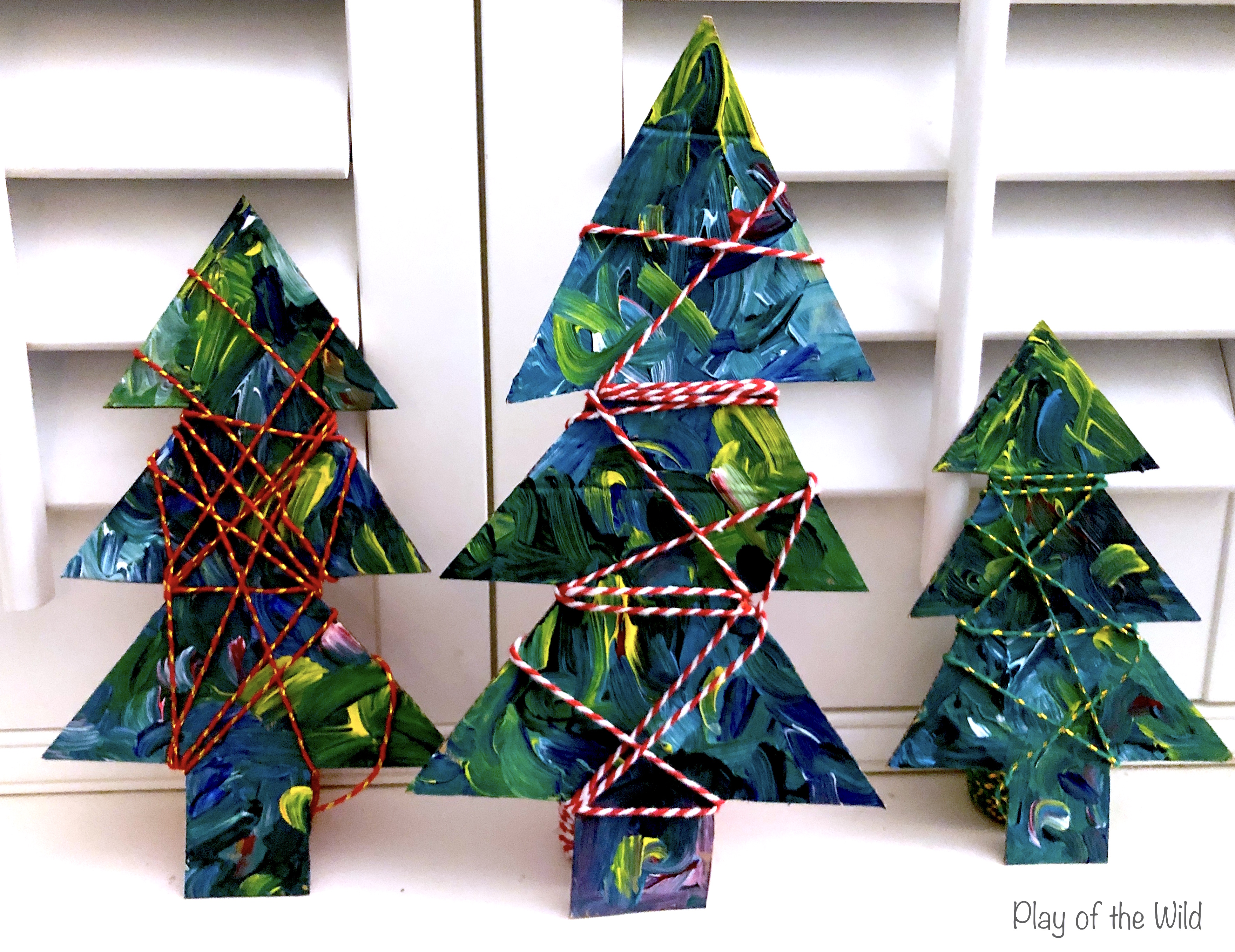 Easy Fine Motor Activities for Christmas & Hannukkah. Wrapping christmas trees.