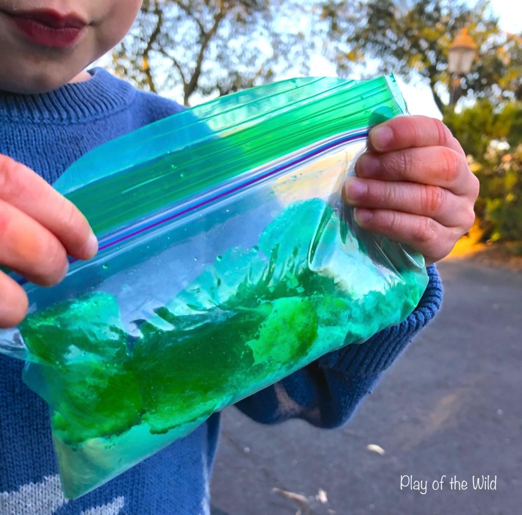 exploding bag baking soda and vinegar experiment for kids