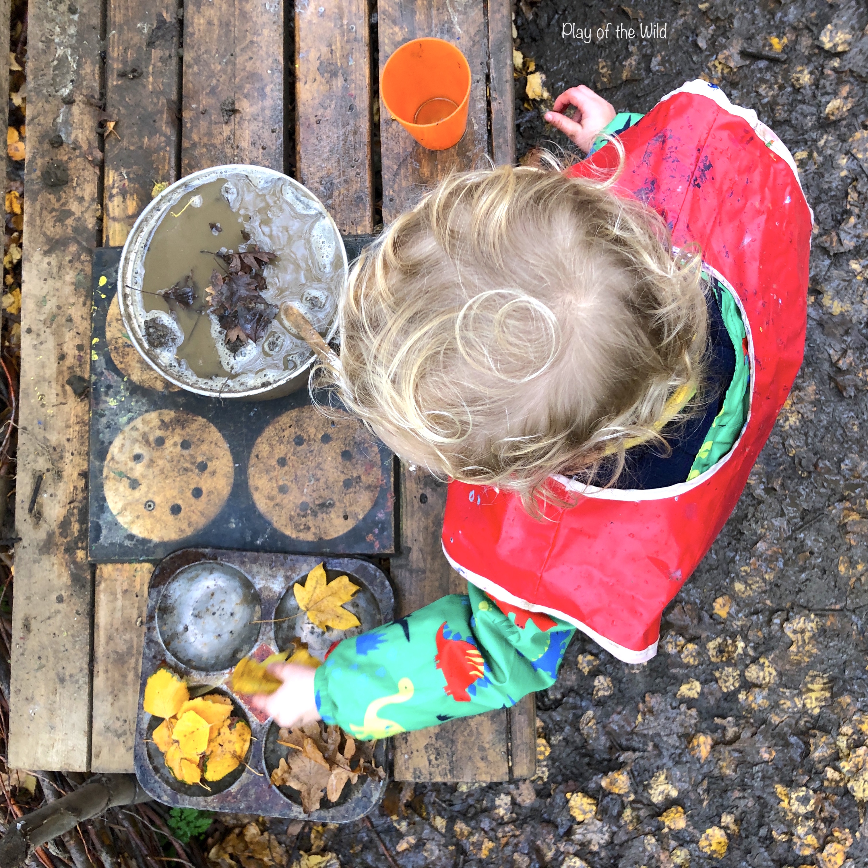 Benefits of loose parts play and mud kith